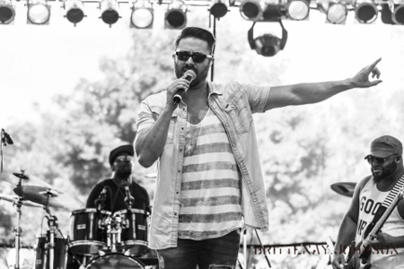 Danny Gokey sings at Three Rivers Festival