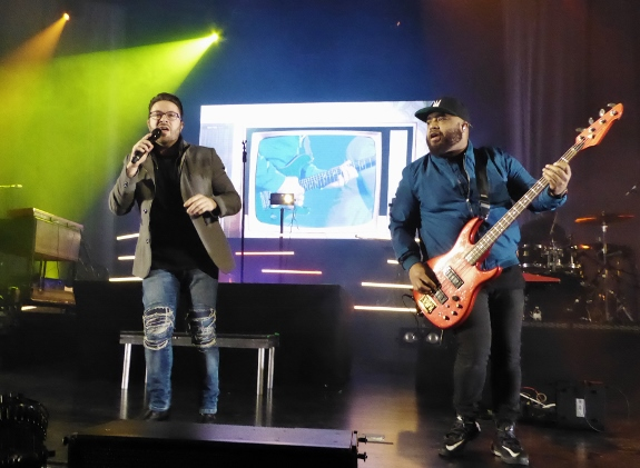 Danny Gokey singing with Bass player Eric Ramey