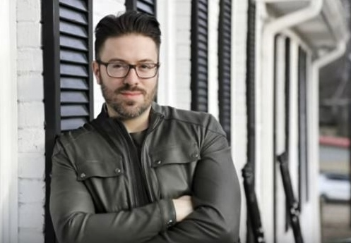 Danny Gokey on porch of Brentwood Bnb